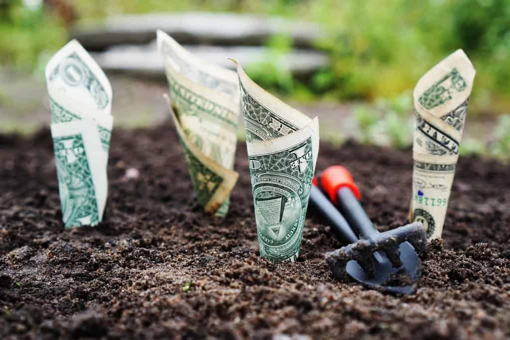 3 enkla metoder alla kan använda för att få mer pengar över